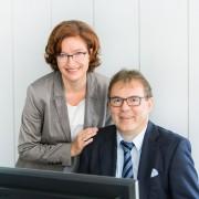 Herr und Frau Pöhler im Büro